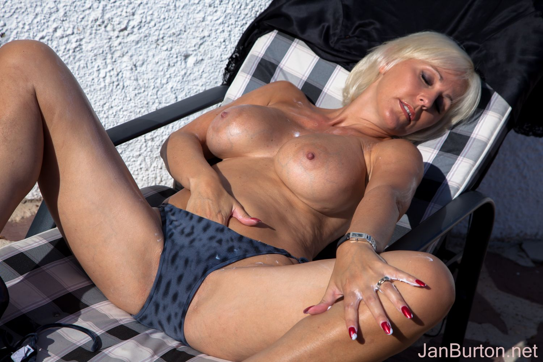 jan burton mom Search - XVIDEOSCOM - Free Porn Videos